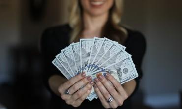 كسب المال عن طريق بدء الأعمال التجارية عبر الإنترنت