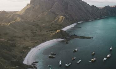 الدليل النهائي للقوارب وكيفية الإبحار في واحد