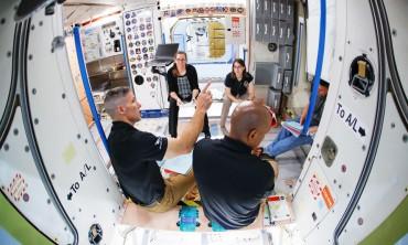 يمكنك الان قضاء عطلتك في الفضاء مع ناسا بعيدا عن الارض!!