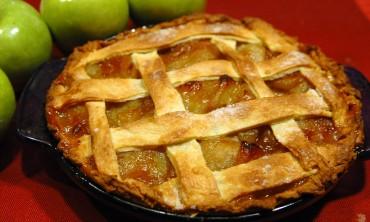 طريقةتحضير فطيرة التفاح اللذيذة